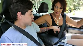 Outrageous stepmom Vanessa Videl gives..