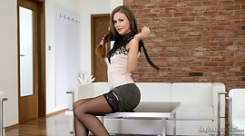 Thin Czech sugar Naomi Bennet comes by..