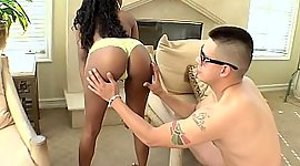 Sable young woman prepared to fuck